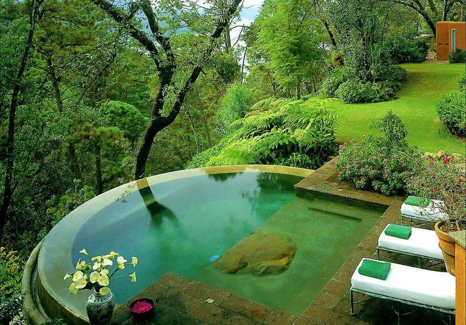 pool not bathtub