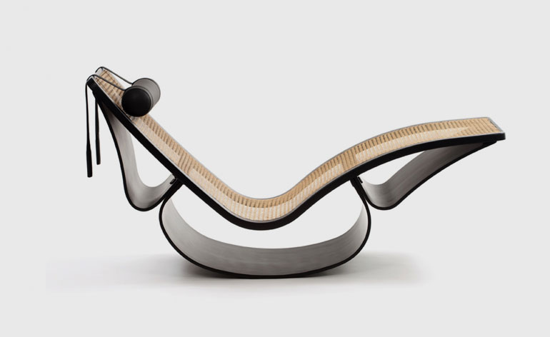 "Oscar Niemeyer - ""Rio"" rocking chaise (1977-78)"