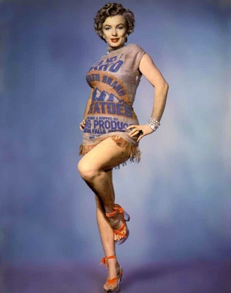 Marilyn Monroe in potato sack dress