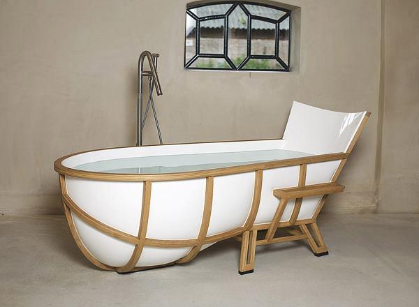 Bathtub by Thomas Linssen 2