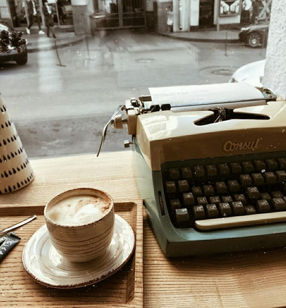 typewriter - coffee