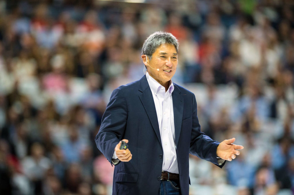 Guy Kawasaki - on stage, close