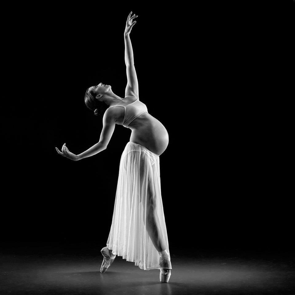 pregnant ballet dancer by Richard Calmes