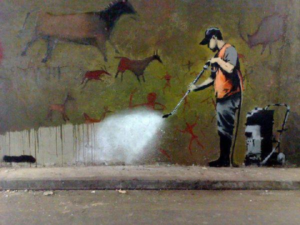 Banksy - cleaning - street art