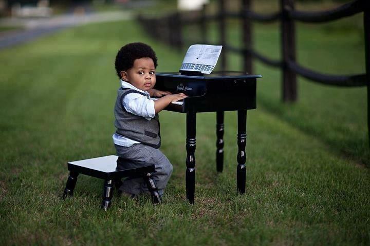 Future piano man